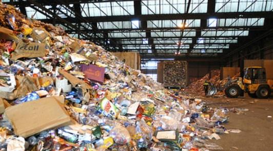 Banyaknya Sampah Yang Berasal Dari Rumah Tangga